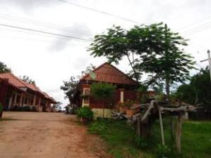 Wattana Phasouk Hotel