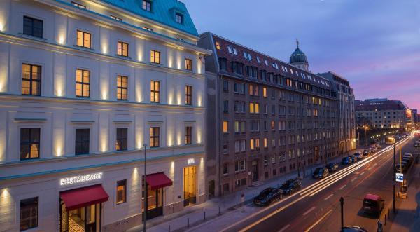 Titanic Gendarmenmarkt Berlin Hotel Berlin