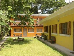 Las Casitas De Playa Negra Apartments image
