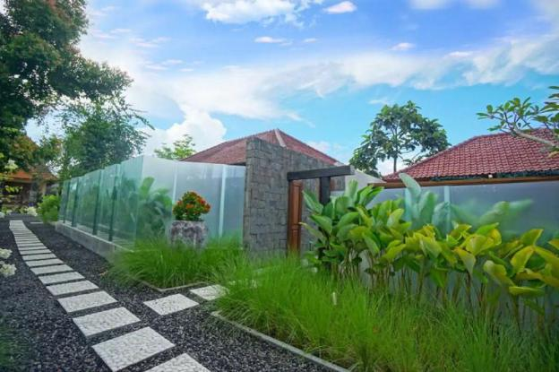 1BR Premium Room 1 w/ JUNGLE VIEW in Ubud CENTER