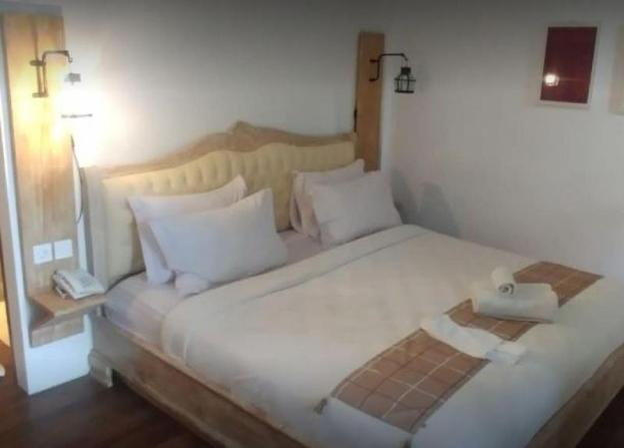 1BR Premium Room 5 w/ JUNGLE VIEW in Ubud CENTER