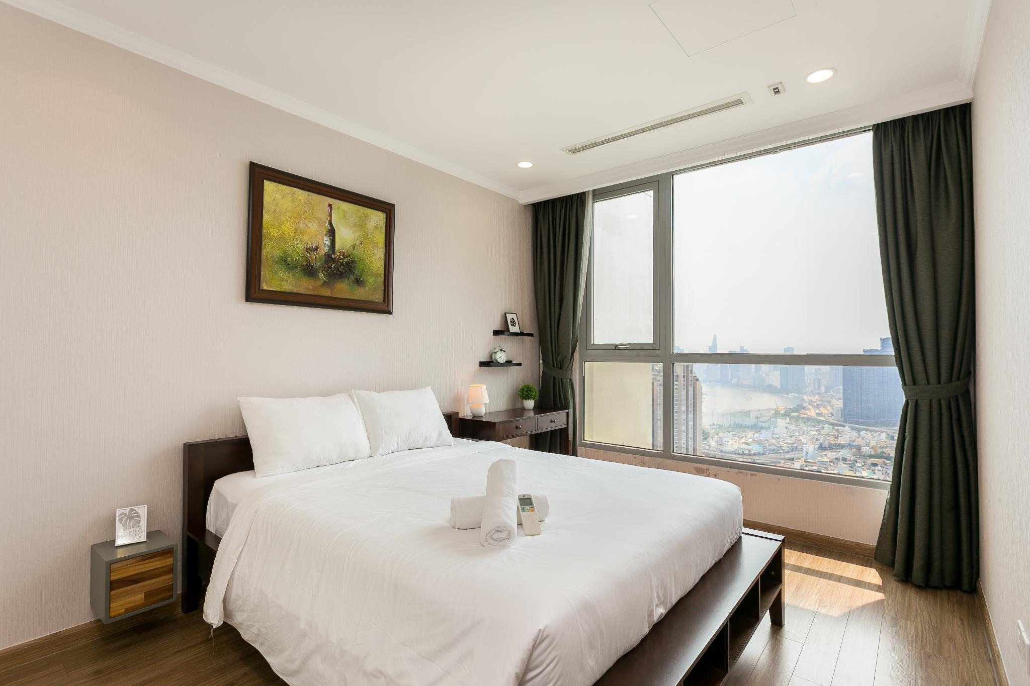 YUSTAY 4002  AMAZING VIEW LUXURY APT IN CENTRAL
