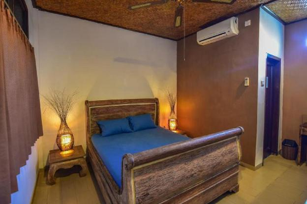 Clean, affordable one-bedroom accommodation on a quiet street in the central hub of Legian, Kuta