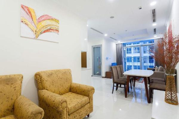 Beautiful Modern Apt -  Flower Balcony - Vinhomes Ho Chi Minh City