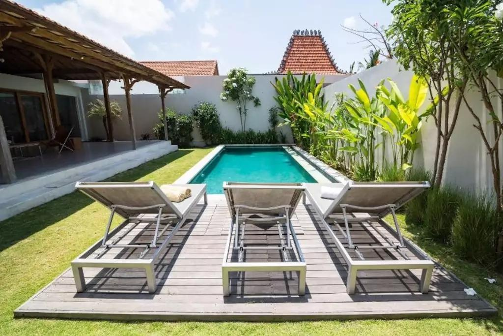 Traditional Modern Private Villa With Private Pool