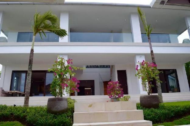 Private Paddy's Landscape Villa Parerenan