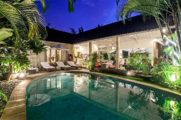 5BR Private Lux Villa Center of Seminyak-Oberoi Bali