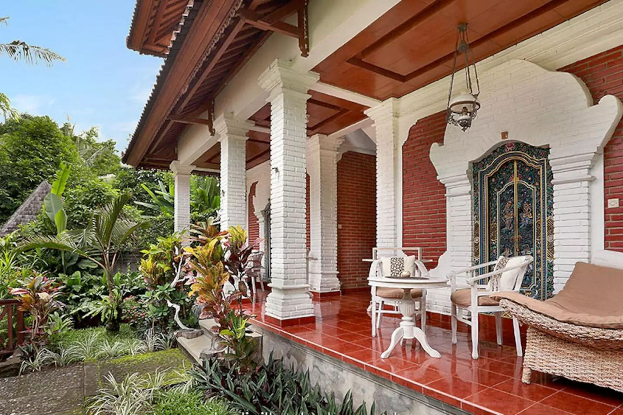 Danaya's Cottage Room 3 With Garden View