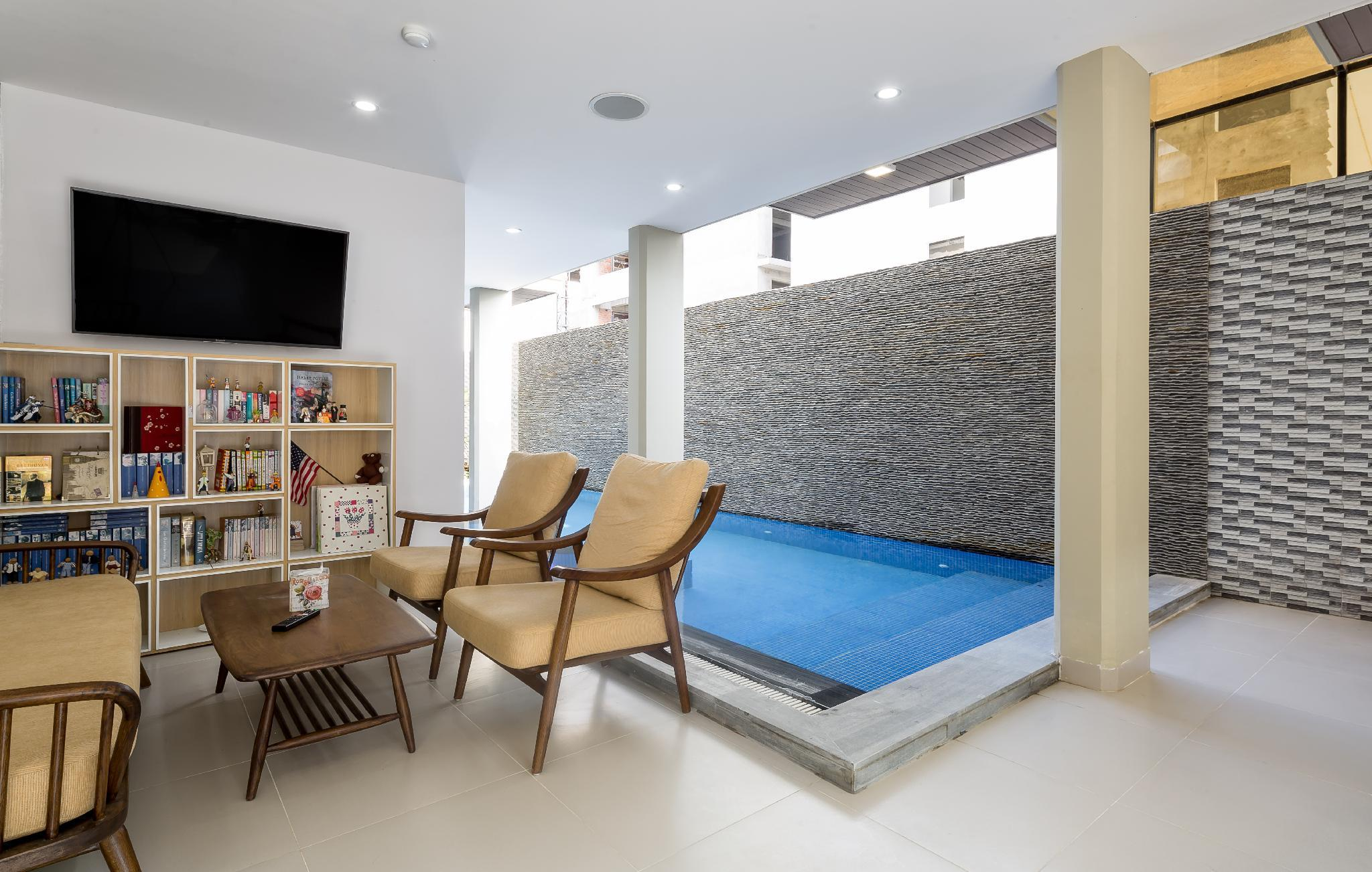 Vivian Villa And Apartment By My Khe Beach   3BR