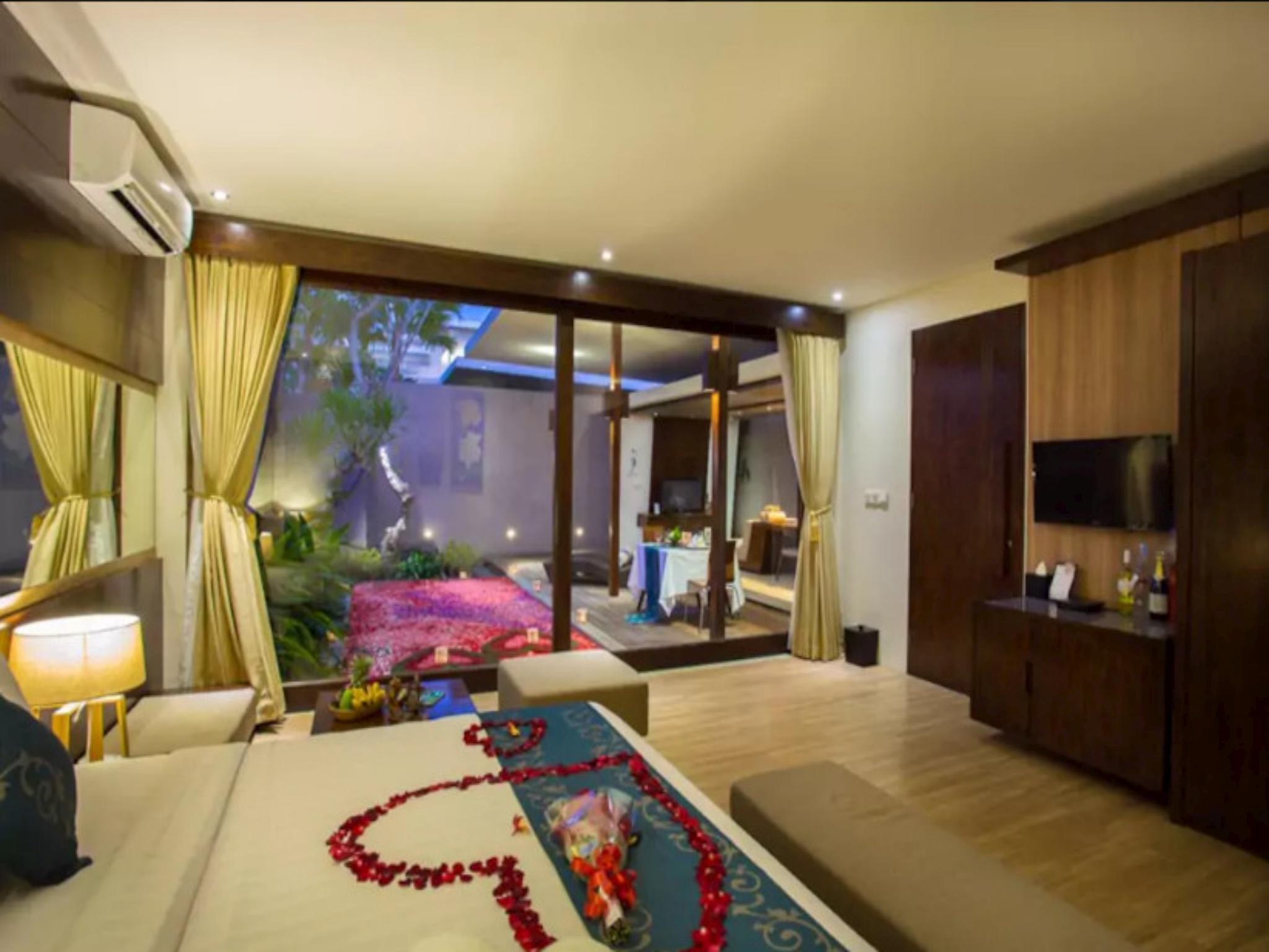 AMAZING 1BR Private PoolVilla In Seminyak Bali 454