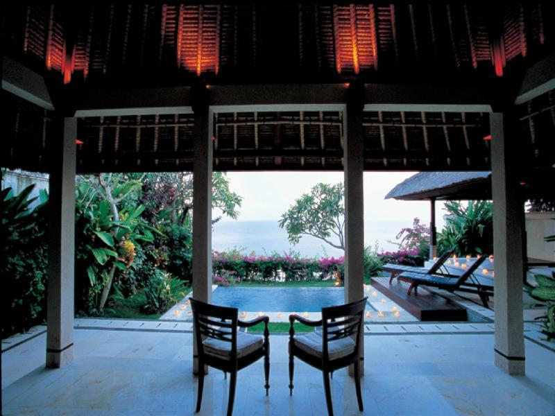 Blue point bay villas spa hotel bali indonesia for Act point salon price