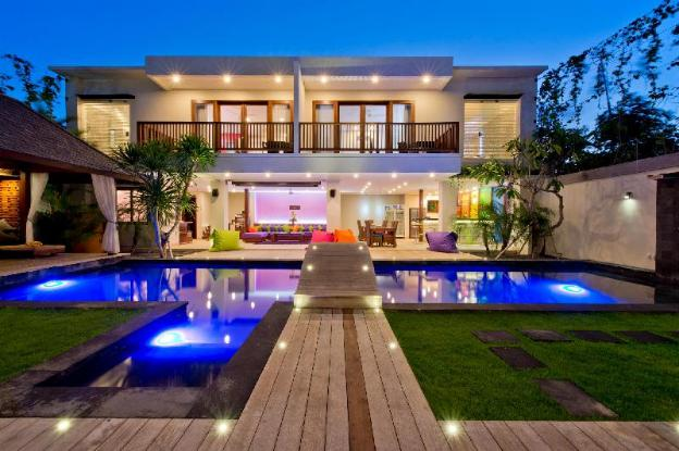 Villa True Colors, for any events, up to 20 sleeps