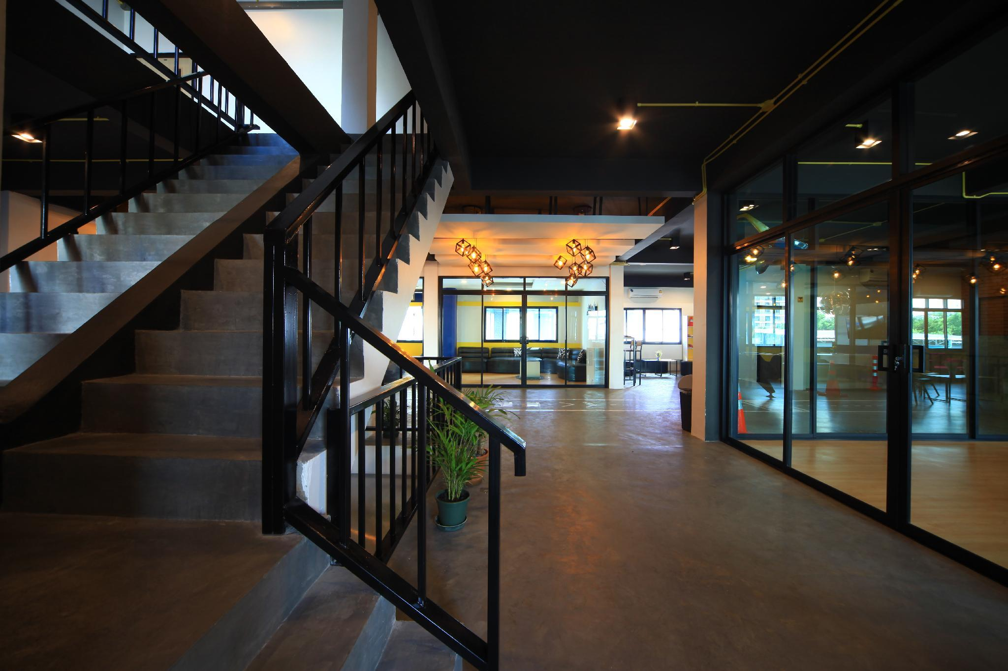 Review Tuk Tuk Hostel