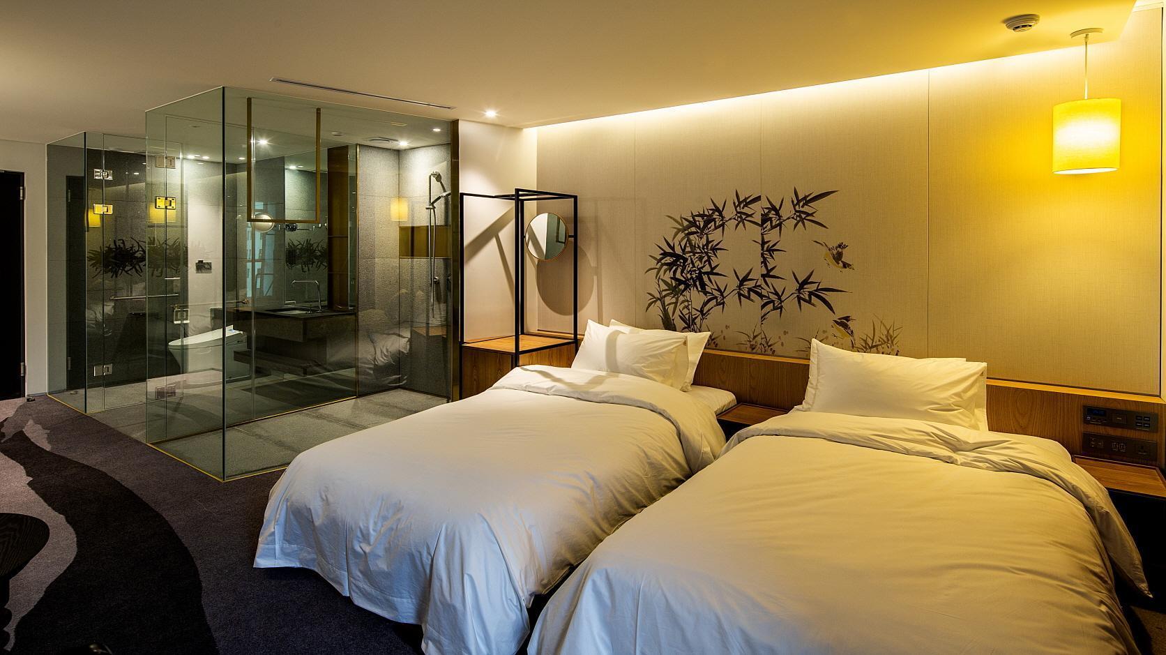 Stayrak Hotel