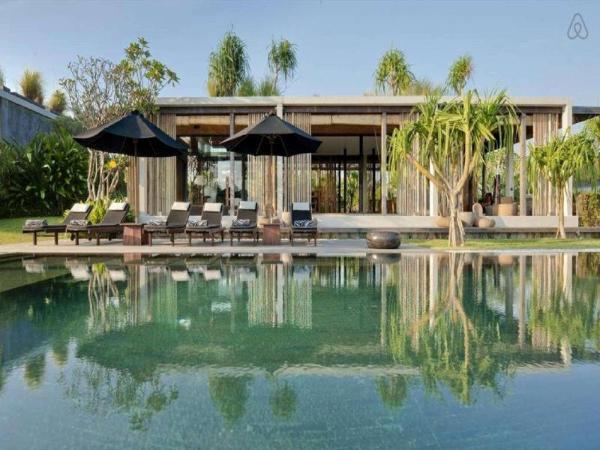3 BDR Villa Private Pool Tanah Lot Bali