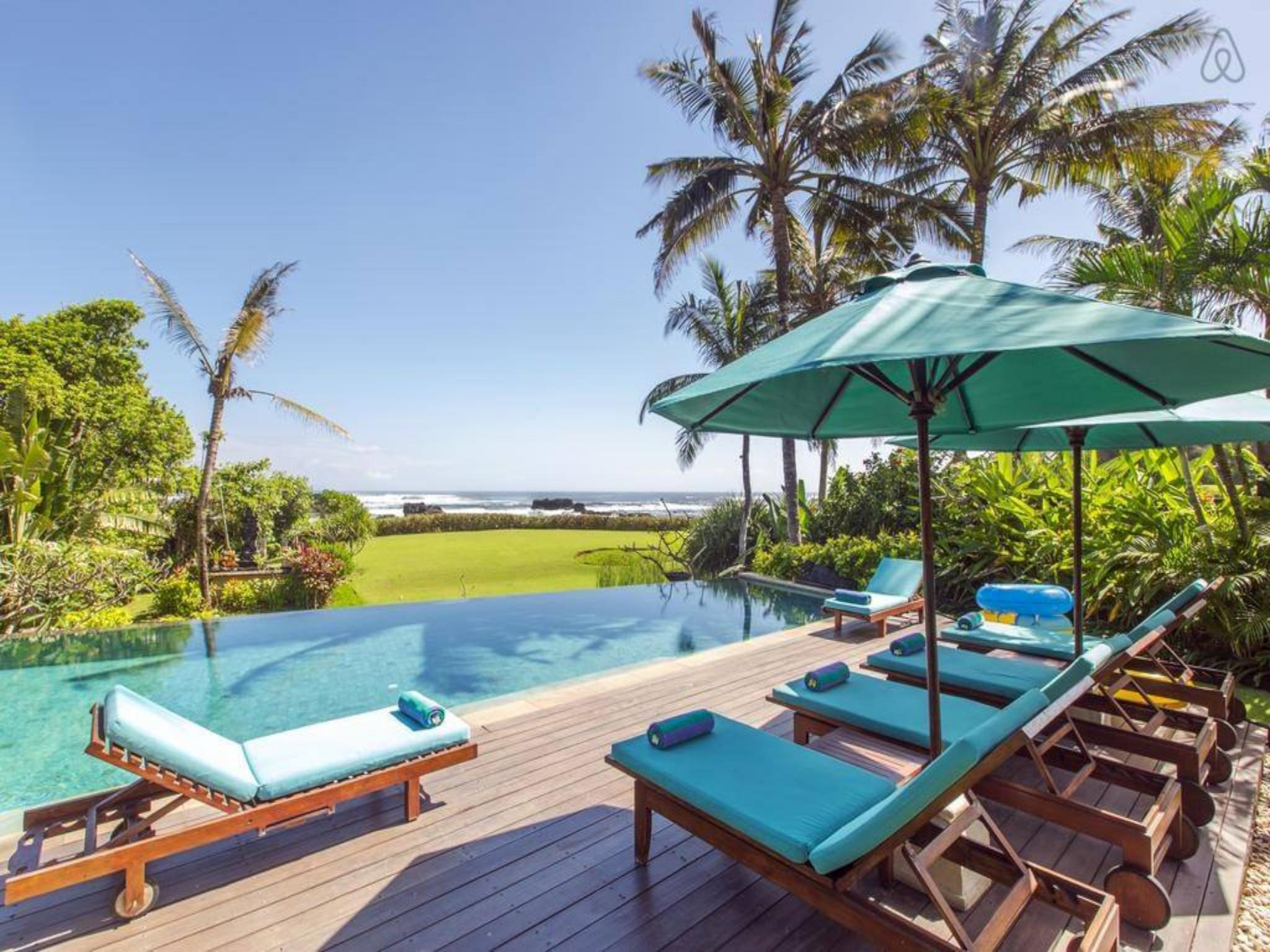 About 4 Bedroom Beach Front Villas at Canggu