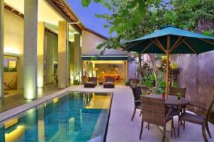 4 BDR Maya Loka Villas at Seminyak - Bali