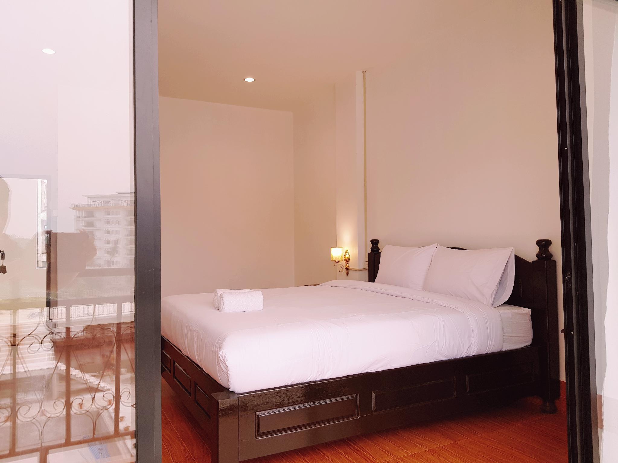 Simon Riverside Hotel