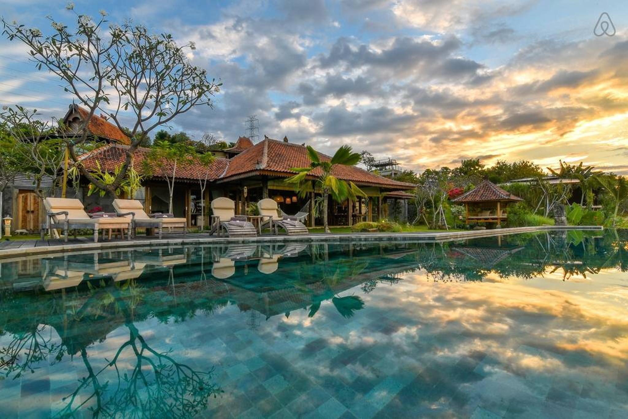 Villa Madoe, Sumberkima Hill Reviews