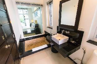 3 BDR Pool Villa Oxygen style @ Naiharn-Rawai