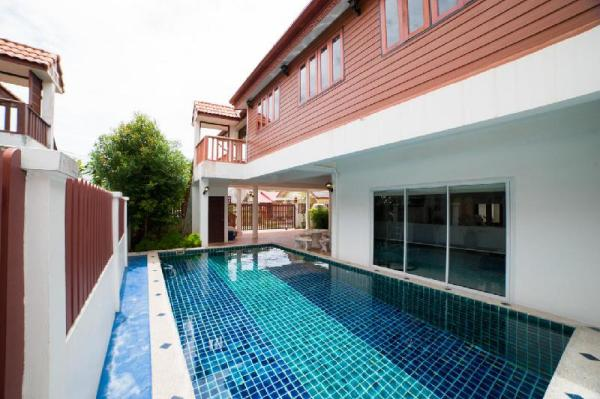 Naiyang Beach Private Pool Villa Phuket