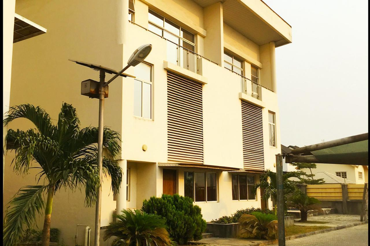 Gemini Place Apartments Oniru