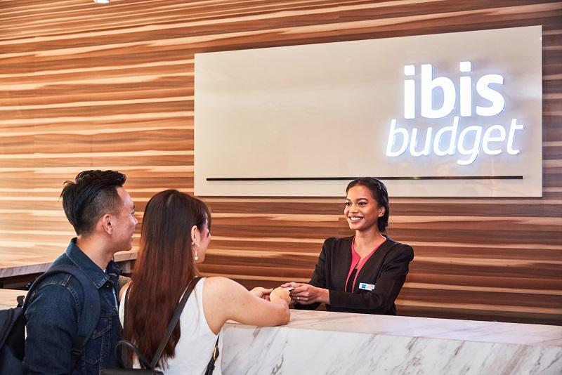 Ibis Budget Singapore Crystal