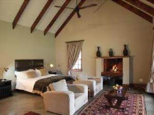 马迪马蒂卡鲁野外小屋 (Madi Madi Karoo Safari Lodge)