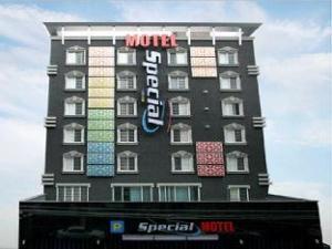 Special Motel