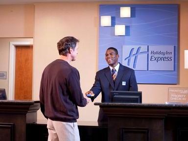 Review Holiday Inn Express Williamsburg North
