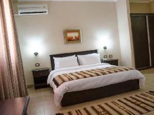 Delilah Hotel