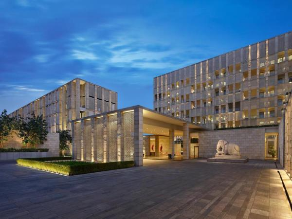 The Lodhi - A member of The Leading Hotels Of The World New Delhi and NCR
