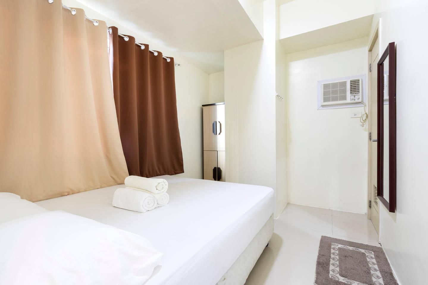 Quezon City Grass Residences Condo SM North EDSA