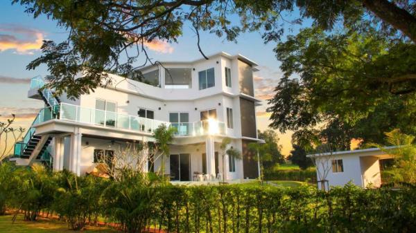 Golf View Villas 4 Bedrooms Pattaya
