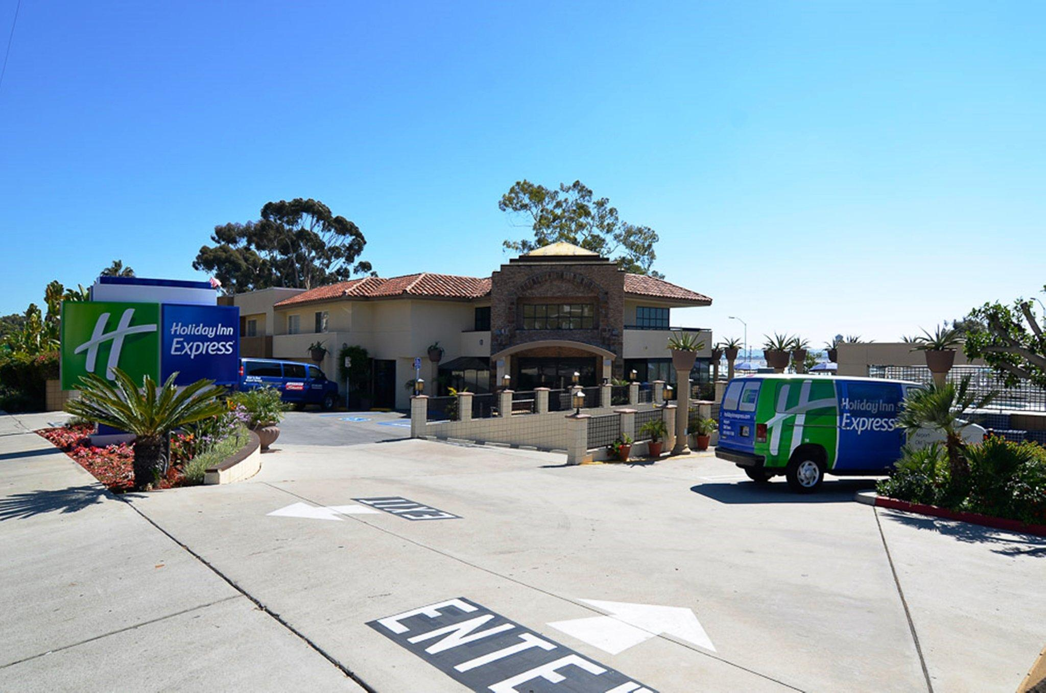 Holiday Inn Express Hotel And Suites San Diego Airport   Old Town