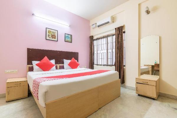 Capital O 5379 The Roy Grand Inns Bangalore