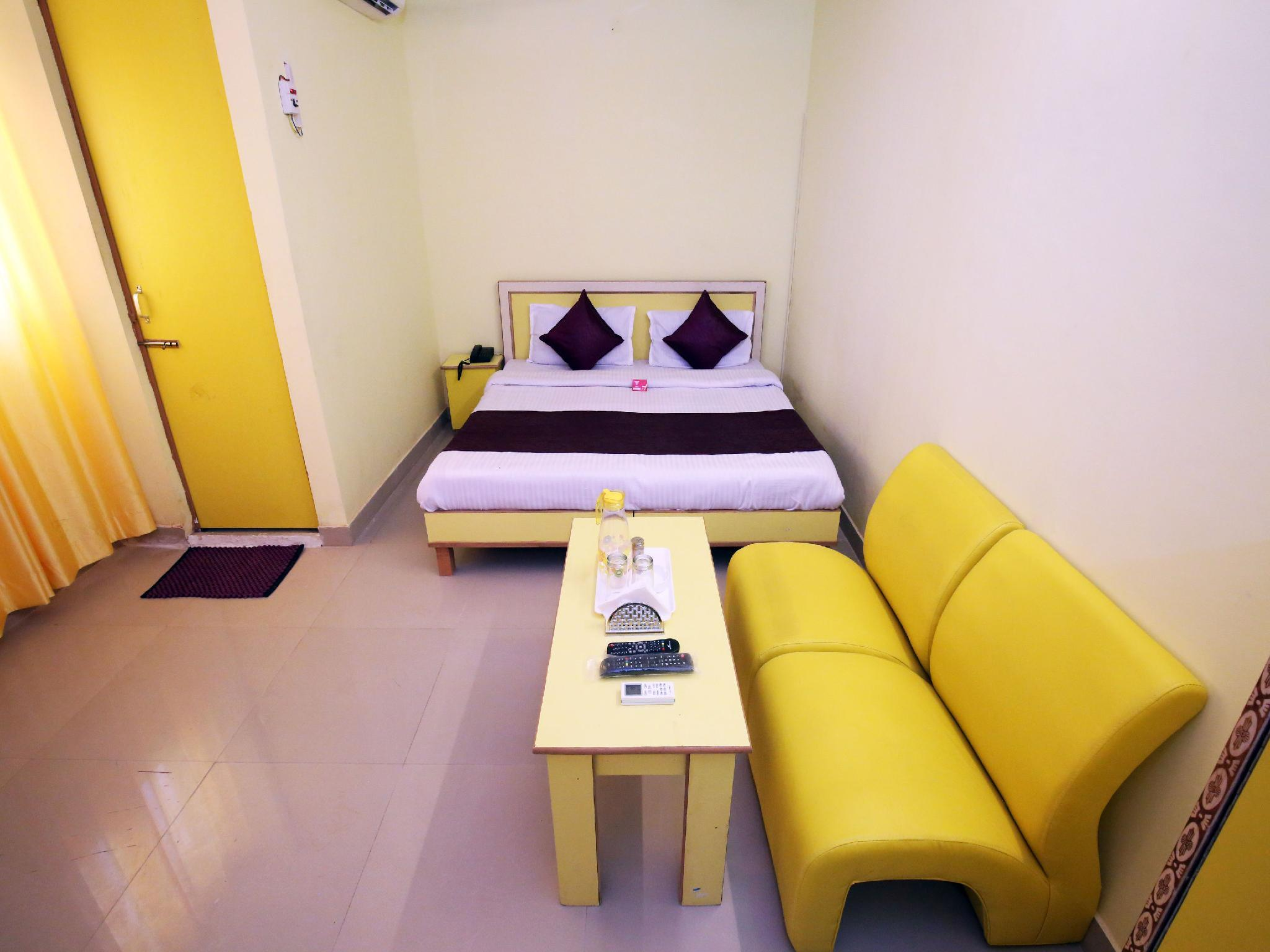 OYO 9038 Hotel Comfort