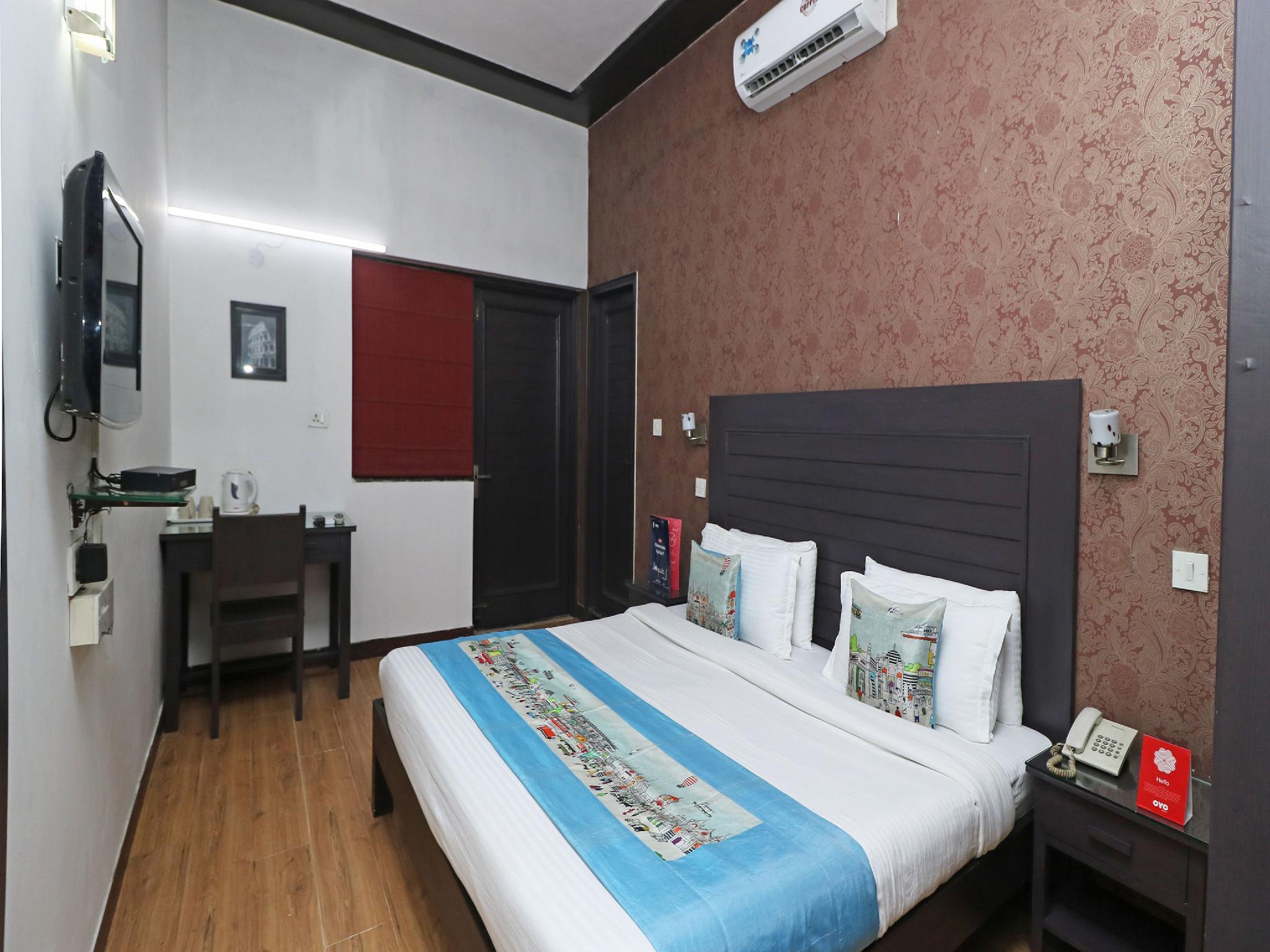 OYO 2227 Hotel Chalet