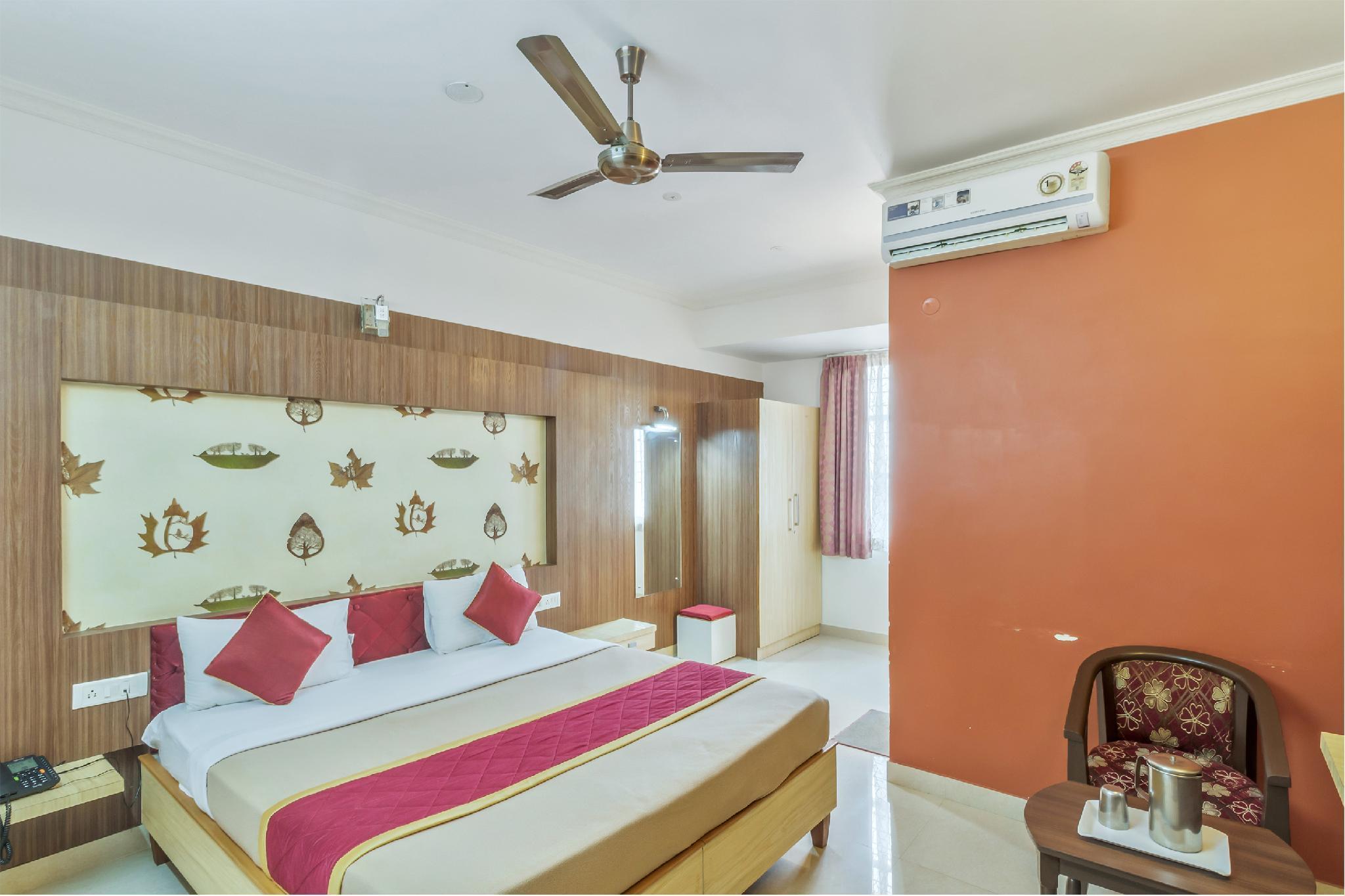 OYO 437 Hotel Vastav Comforts Inn