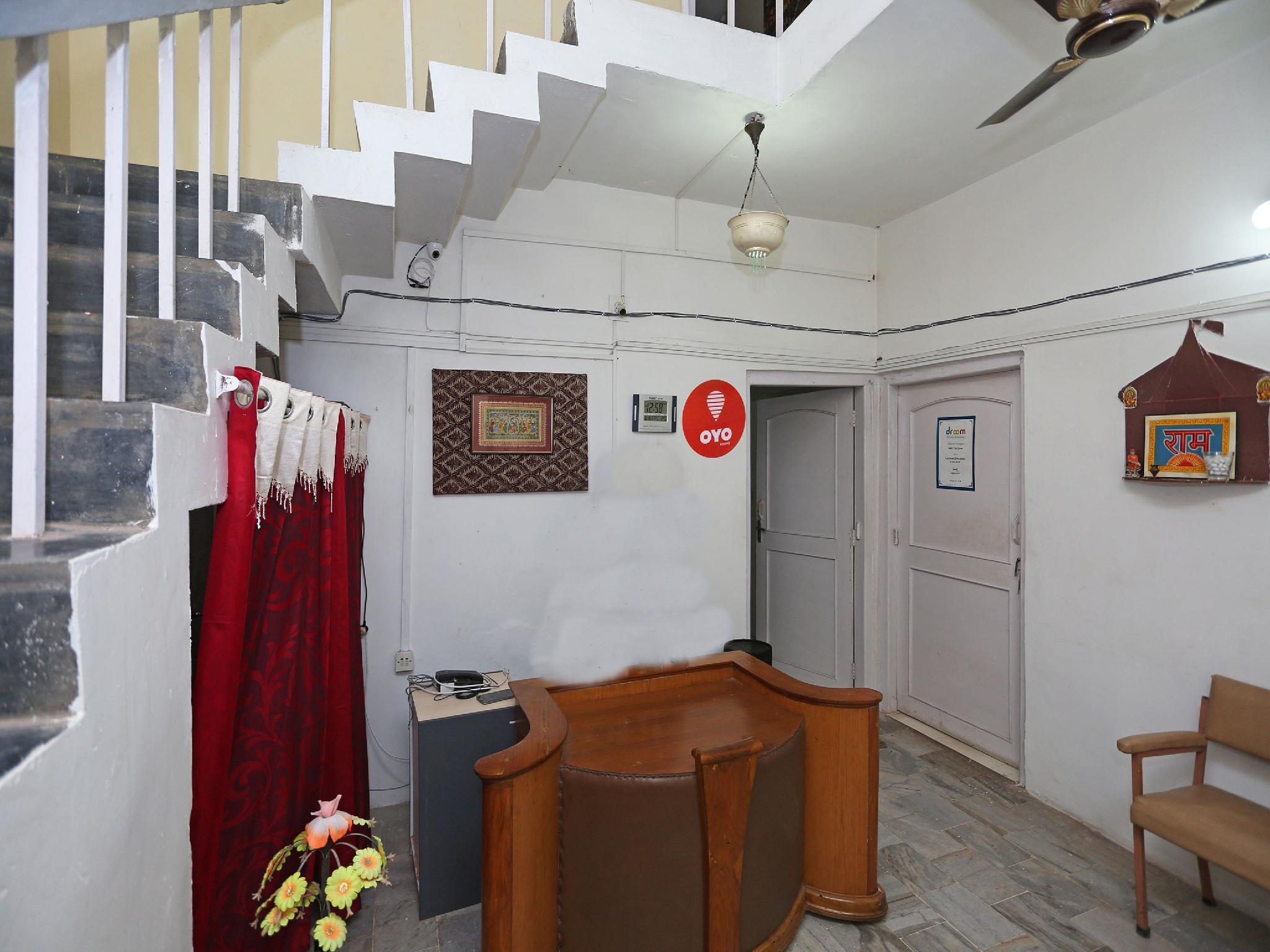 OYO 9009 Labella Guest House
