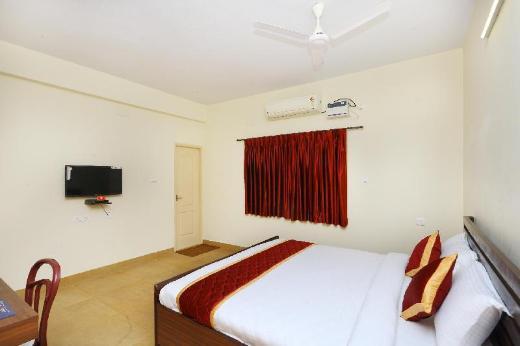 OYO 10121 Hotel Twilight Bay