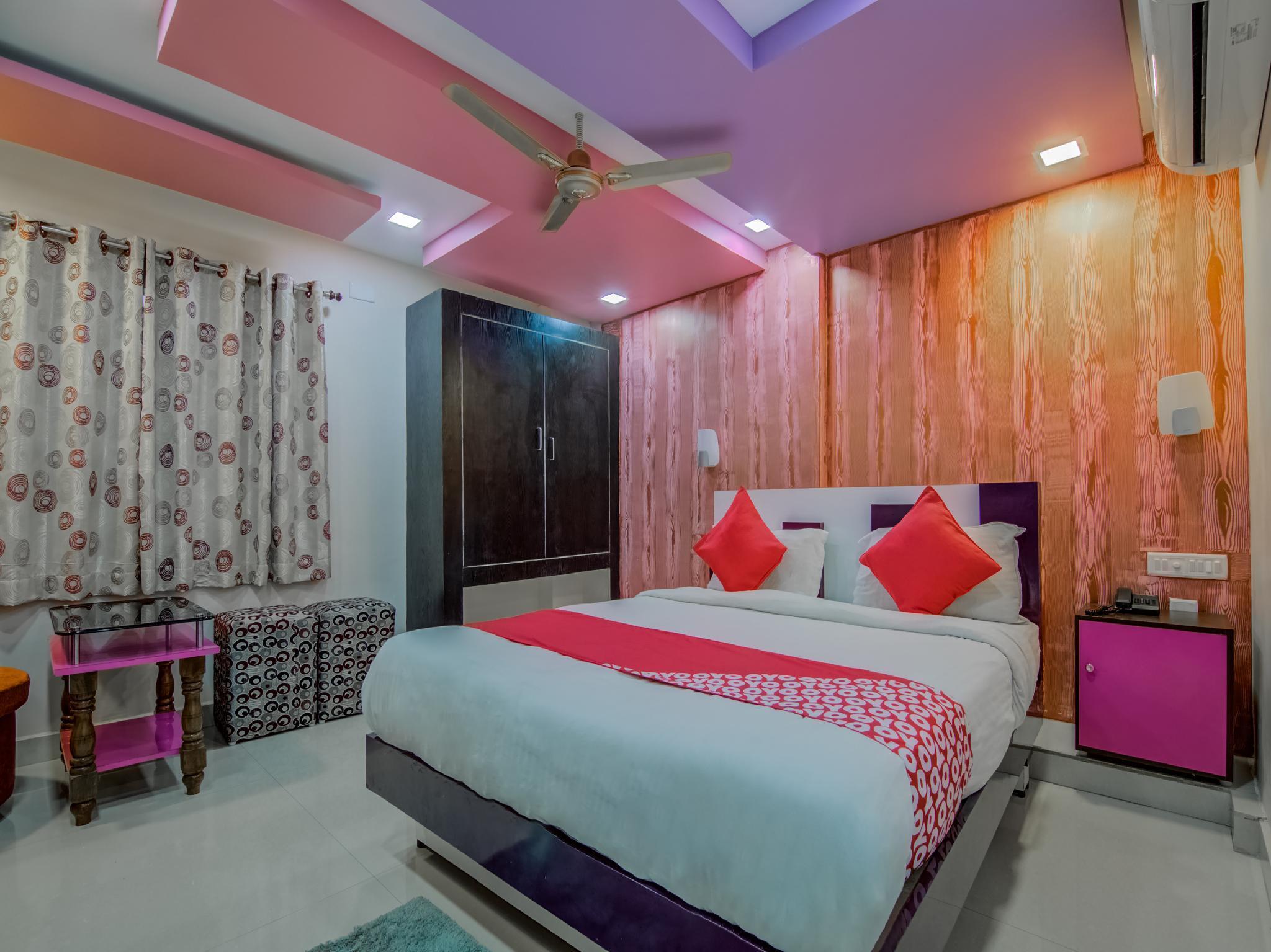 OYO 9930 Hotel AVS Residency