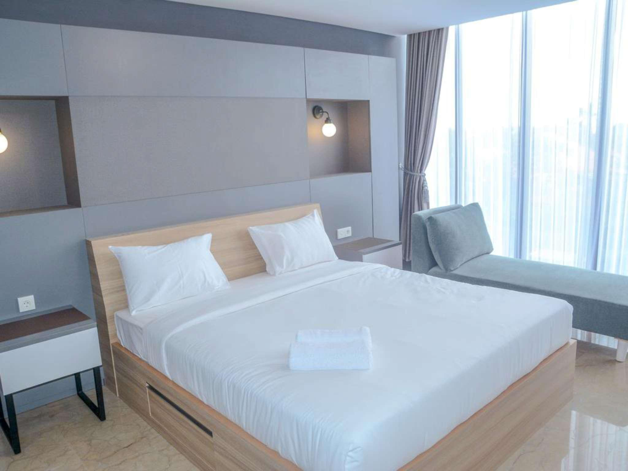 Exclusive 1 BR At L'Avenue Apartment By Travelio