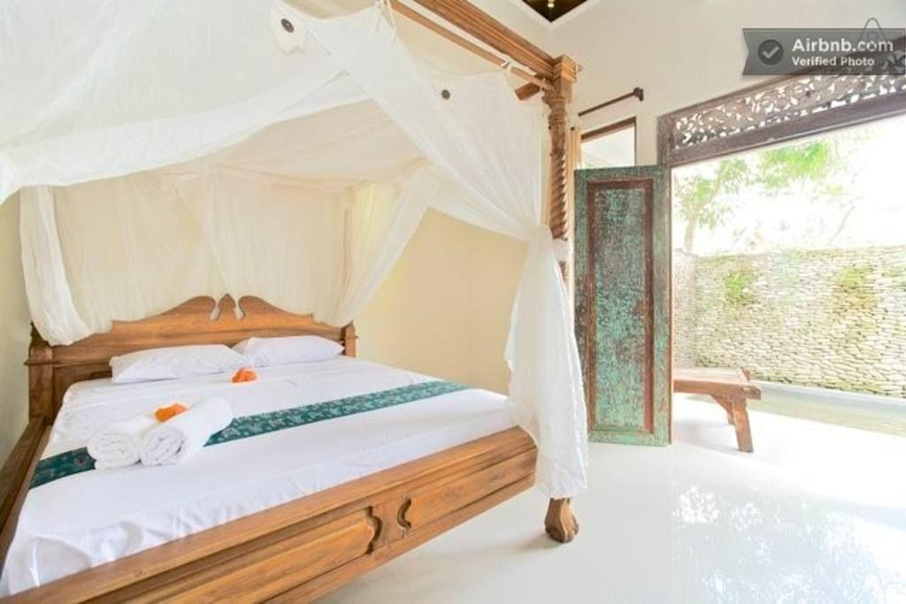 Review Lovely Two Bedrooms Balinese House with Pool