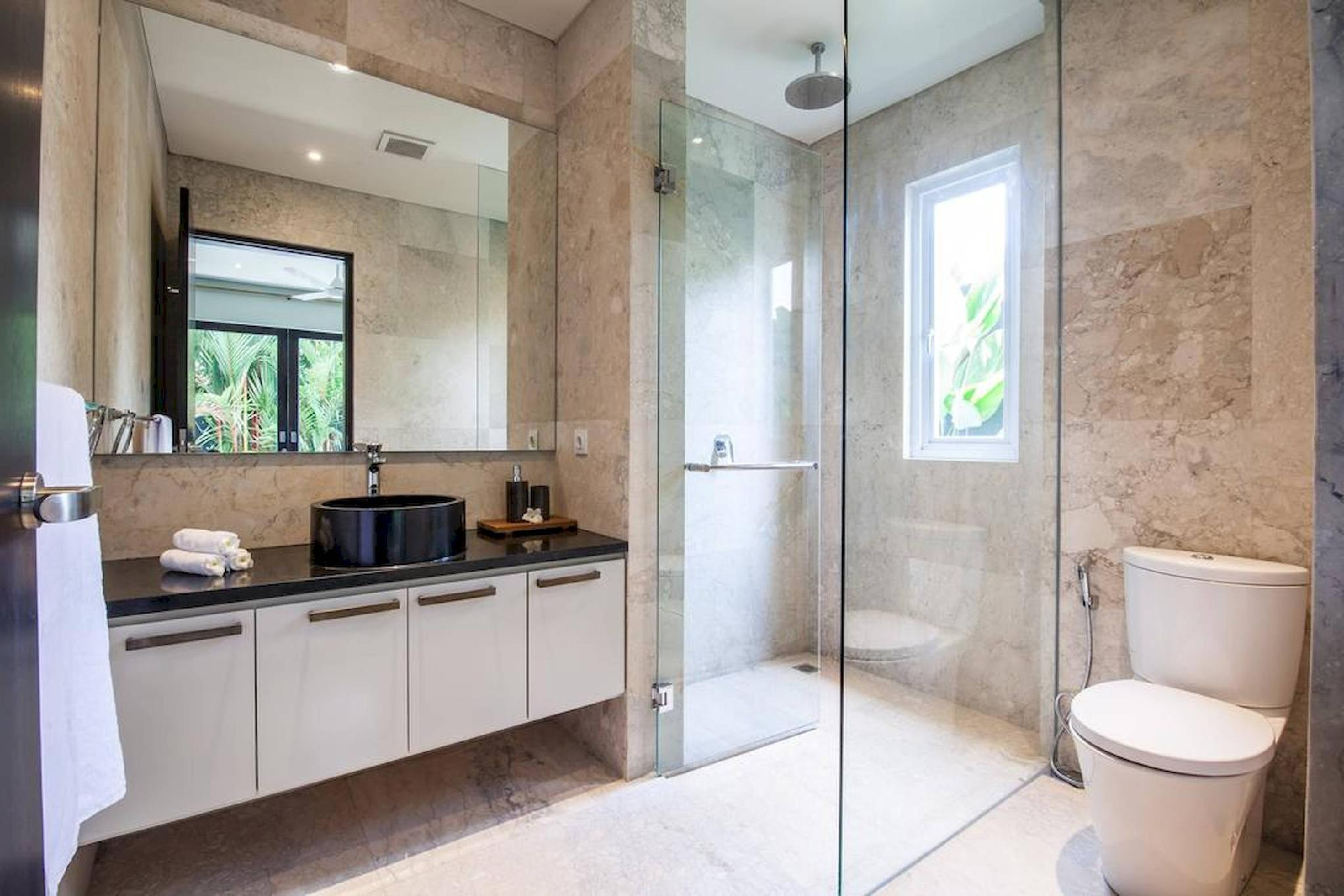 Review Ixora - Quiet modern luxury in the heart of Canggu