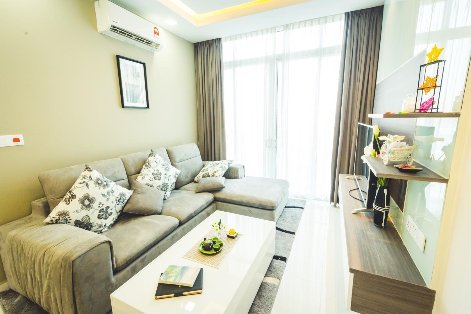 Reviews Infinity 28 Condominium