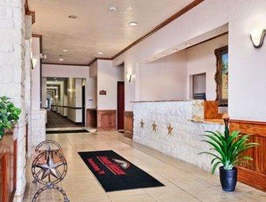 Fredericksburg Hill Country Hotel