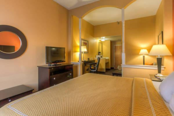 Price Comfort Suites At Rivergate Mall Goodlettsville