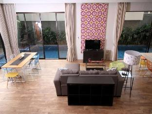 CoHaus #10 Private Suite near Senayan Jakarta Selatan