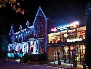 南曼彻斯特霍尔马克旅馆 (Hallmark Inn Manchester South)